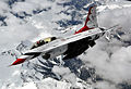 McConnell Reservists keep Thunderbirds flying 150521-F-BZ556-016.jpg