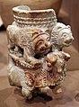 Mesopotamia, Periodo proto-dinastico-jamdat nasr, coppa con eroe nudo, tori e leone, da tell agrab, 3000-2600 ac.jpg