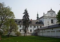 Miedniewice monastery01.jpg