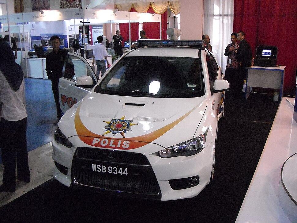 Mitsubishi Lancer Evolution X Police patrol car