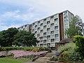 Modern flats (34811228352).jpg