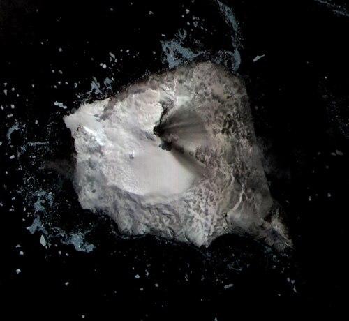 Montagu Island Satellite Photograph
