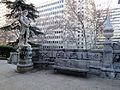 Monumento al doctor Ferrán - Escalinata 03.jpg