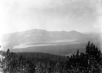 Heart Lake (Wyoming) - Image: Mount Sheridan Heart Lake YN Pca 1890