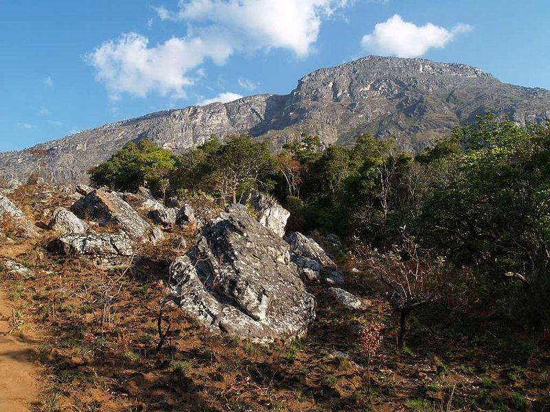 File:Mt Binga Mozambique.JPG