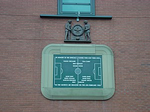 Plaque commémorative de l'accident à Old Trafford
