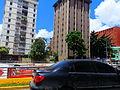 Murales en la vía, Caracas, Venezuela.jpg