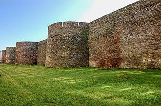 Carballo - Image: Muralla.Lugo.Galicia