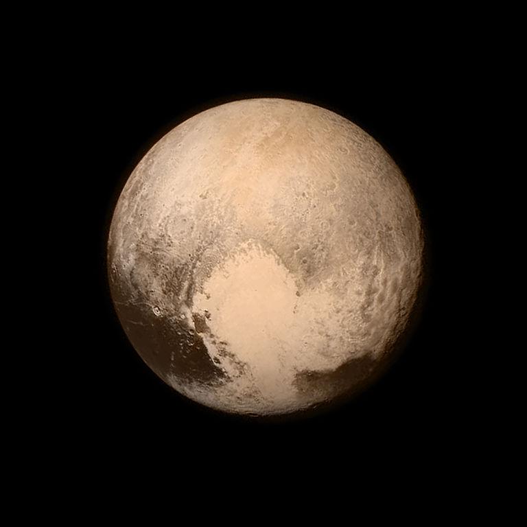 Pluto photographer работа девушке моделью артёмовский