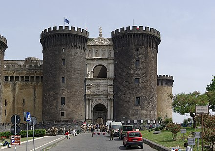 Early kings ruled from Castel Nuovo Napoli Castel Nuovo Maschio Angioino, a seat of medieval kings of Naples and Aragon 2013.jpg