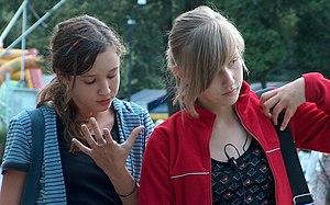 Polish teenagers. Polski: Polskie nastolatki.