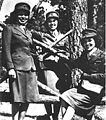 NativeAmericanWomenMarines 1943.jpg