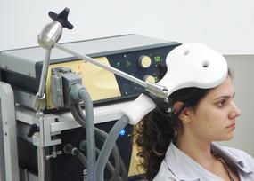 Transcranial magnetic stimulation - Wikipedia