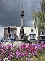 Newport Queen Victoria Memorial in May 2012.JPG