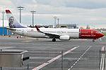 Norwegian (Anton K.H. Jakobsen livery), LN-NGT, Boeing 737-8JP (15834103274) (2).jpg