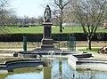 Nottingham Memorial Gardens Victoria 0419sc.JPG