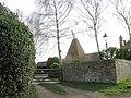 Oast House on Mill Lane, Peasmarsh, East Sussex - geograph.org.uk - 668279.jpg
