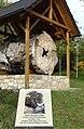 Ober-Olm Ulmen-Denkmal 01.jpg