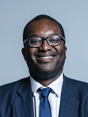 Kwasi Kwarteng - Image: Official portrait of Kwasi Kwarteng crop 2