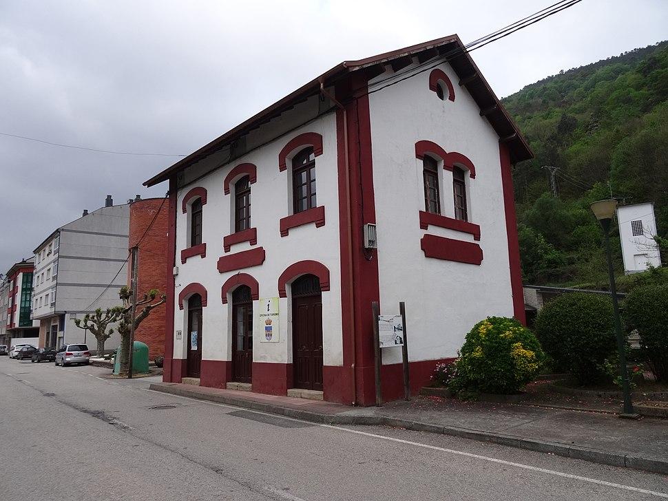 Oficina turismo A Pontenova