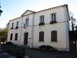The town hall of Ogeu-les-Bains