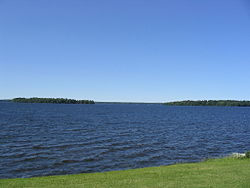 Oneida Lake seen from Yacht Club in Cicero New York.jpg
