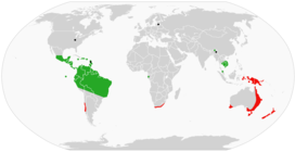 Global range of Onychophora: Peripatidae in green, Peripatopsidae in blue