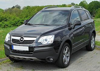 Opel Antara - Image: Opel Antara 2.0 CDTI front 20100516