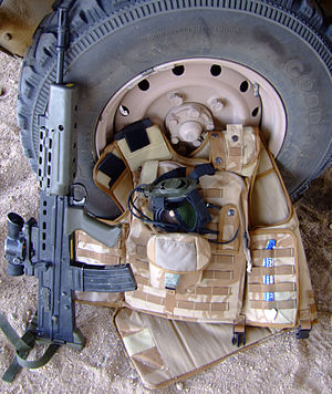 Pouch Attachment Ladder System - Image: Osprey body armour