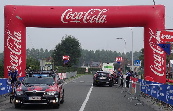 Péronnes-lez-Antoing (Antoing) - Tour de Wallonie, étape 2, 27 juillet 2014, départ (A02).JPG
