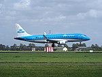 PH-EXG KLM Cityhopper Embraer ERJ-175STD (ERJ-170-200) landing at Schiphol (EHAM-AMS) runway 18R pic2.JPG