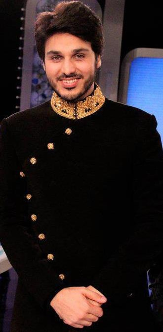Ahsan Khan - Khan in 2011 on sets of Hayya Allal Falah recording season finale.