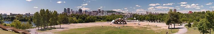 Blick auf Downtown Montreal vom Parc Jean-Drapeau.