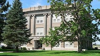 Perkins County, Nebraska - Image: Perkins County, Nebraska courthouse from NE 4