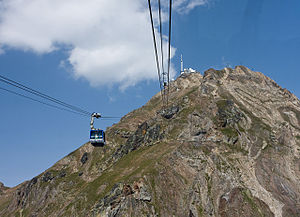 Pic du Midi de Bigorre - The Pic du Midi Observatory as seen from the ascending cable car