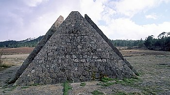 Piramide vallenuevo