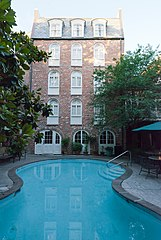 Place d'Armes hotel pool New Orleans.jpg