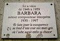"""Plaque commémorative du lieu où vécut """"Barbara"""", auteur, compositeur, interprète.jpg"""