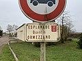 Plaque esplanade Quentin Ormezzano Marcigny 1.jpg
