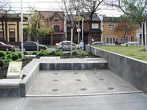 Plaza Boedo - Estados Unidos