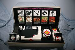 Polaroid SX 70 Accessory Kit (3879234193).jpg