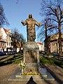 Pomnik Serca Pana Jezusa w GrodziskuWlkp..jpg