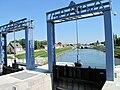 Pont sur le canal de la Somme.jpg