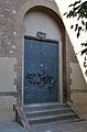 Porta lateral de l'església de sant Roc de Benicalap.JPG