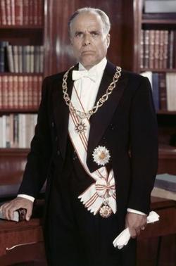 Portrait officiel de Habib Bourguiba.png