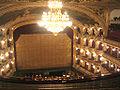 Praha Statni Opera Interior 2003.jpg