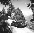Prime Minister Jawaharlal Nehru, and Lord and Lady Mountbatten going round Simla in a car.jpg