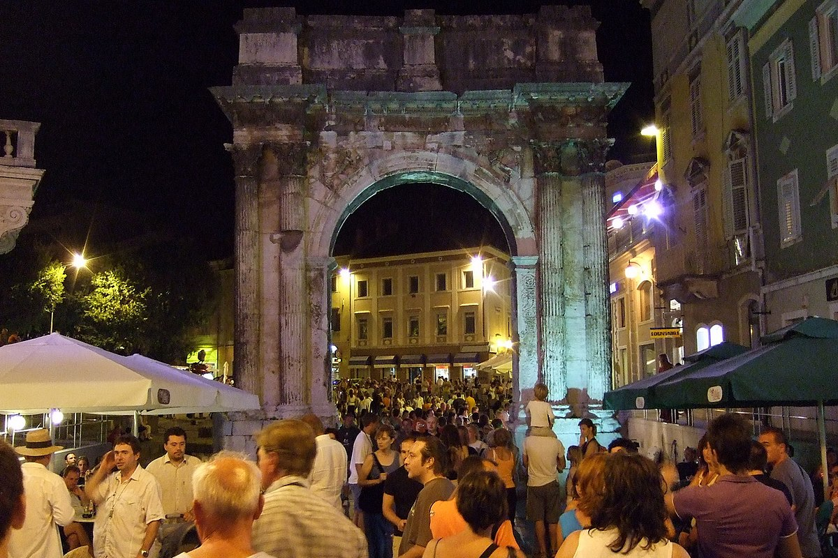 Pula Travel Guide At Wikivoyage