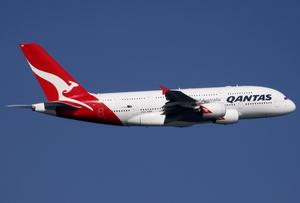 Qantas A380-800 VH-OQD SIN 2011-2-5.png