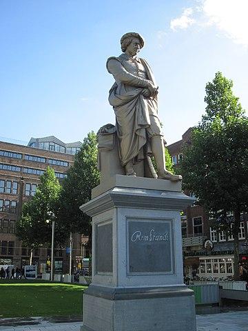 Памятник Рембрандту (1852 год) на площади Рембрандта в Амстердаме